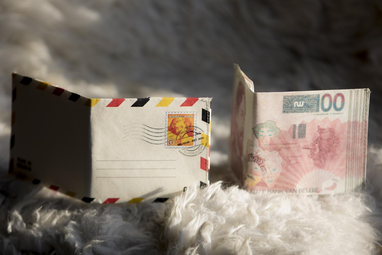 Portefeuille ultra compact en papier